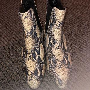 SAM EDELMAN Snakeskin Chelsea Boot